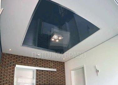 Классический серо-белый натяжной потолок НП-1816