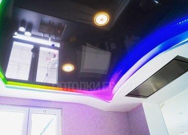 Глянцевый черный с радужной подсветкой натяжной потолок НП-1832 - фото 2