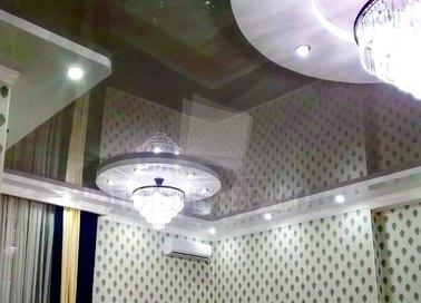Фактурный черно-белый натяжной потолок НП-1839