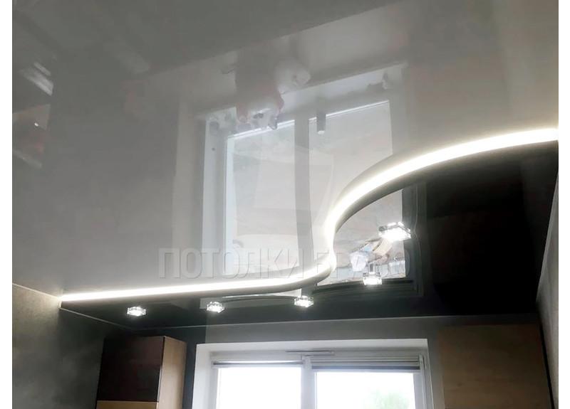 Черно-белый натяжной потолок с LED-подсветкой НП-1848