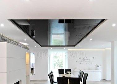 Двухуровневый черно-белый натяжной потолок для жилой комнаты НП-1852