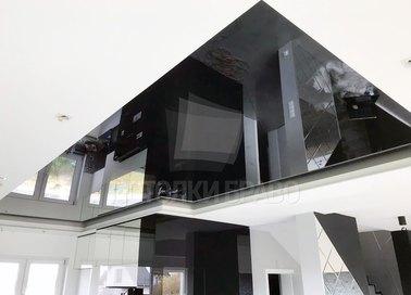 Фактурный черно-белый натяжной потолок для кухни НП-1854