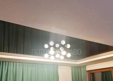 Зеленый матовый натяжной потолок для жилой комнаты НП-1855