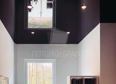 Бордовый глянцевый натяжной потолок для коридора НП-1888