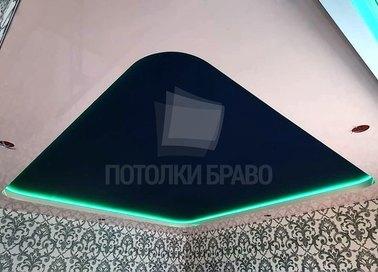 Матовый черно-белый натяжной потолок с освещением НП-1899 - фото 2