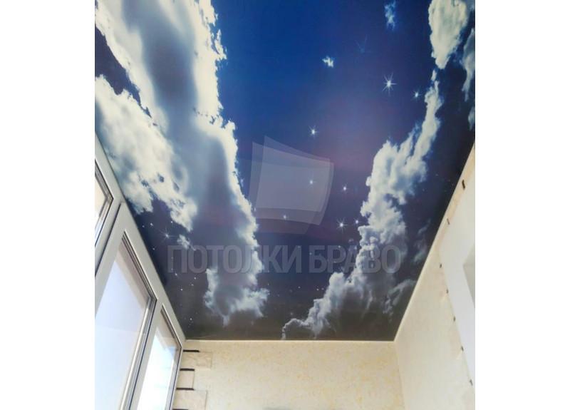 Сатиновый натяжной потолок с изображением неба для балкона НП-125