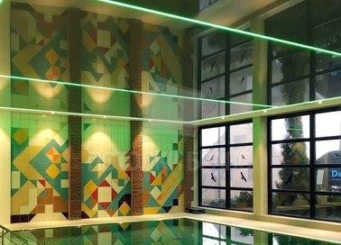 Зеленый натяжной потолок с LED-вставками для бассейна НП-128